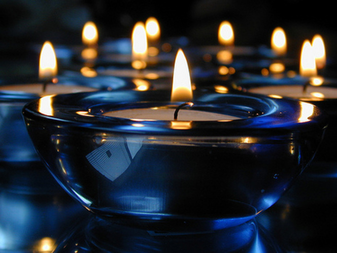 blue_candles_suncrest_45_at_flickr_large